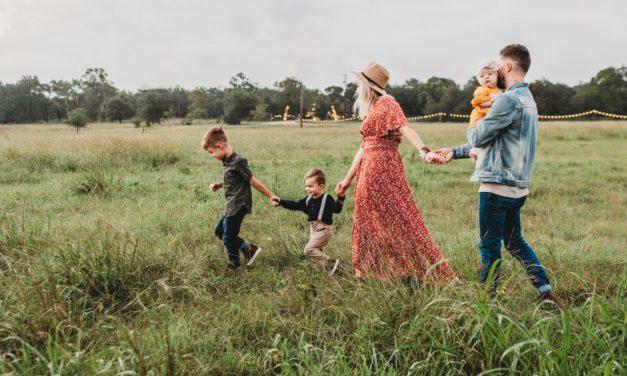 『 2020年版 』家族旅行、家族写真におすすめの【フォトブック8選】 子供の写真、家族の記憶を素敵なアルバム冊子にしよう!